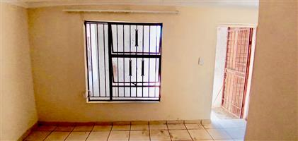 Room To Rent In Cosmo City Ext 2 (R2500.00)