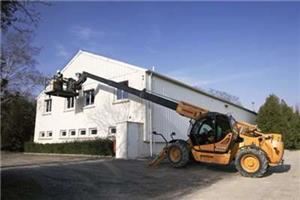 learn how to operate container lifting truck call 0769449017