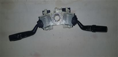 Headlight and indicator combination switches