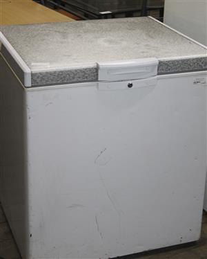 Defy deep freezer white S036579A #Rosettenvillepawnshop
