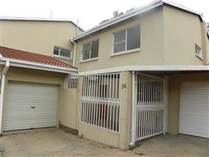Duplex in Waterkloof Glen - just walking distance from school and shopping centre