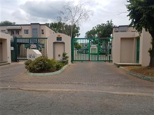 TOWN HOUSE FOR SALE WYCHWOOD CLOSE R575000.00