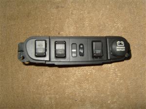 PT CRUISER Switch Panel