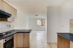 LOCK-UP AND GO 2 BEDROOM UNIT IN KENILWORTH