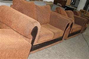 3 piece lounge suite with ottoman S031695A #Rosettenvillepawnshop