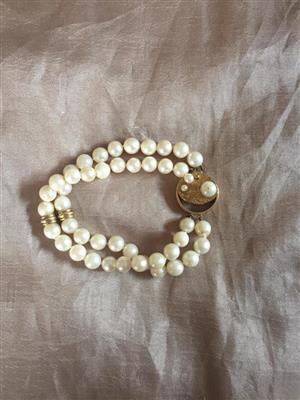 Pearl bracelet for sale