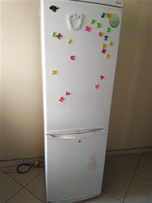FRIDGE  [Buying broken one]