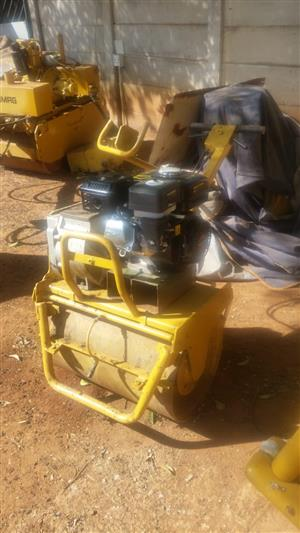 BOMAG - SINGLE DRUM - ROLLER - COMPACTION/ COMPACTOR