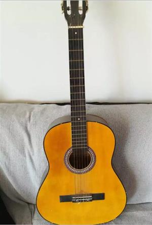 HOHNER B-T-2 N ACOUSTIC QUITAR to sell or swop
