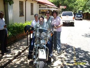 AMERICAN MOTORCYCLE  CHAUFFEUR GIFT RIDE EXPERIENCE