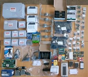 Alarm system accessories. Everything is still new. R2000 for the lot.