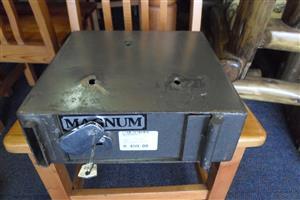 Magnum Drop Safe