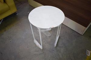 Mini white wooden round table