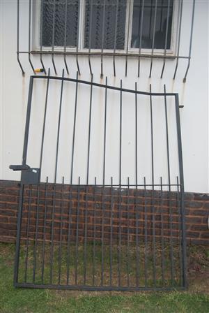 Double swing gate (steel)