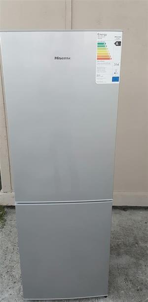 Hisense 230L fridge freezer