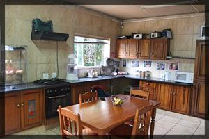 HOUSE PLUS FLATLET TO RENT