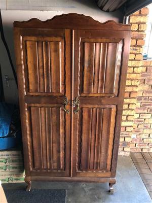 2 door,4 draw,claw feet antique cupboard.