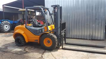 TCM Petrol Pre-Owned Forklift