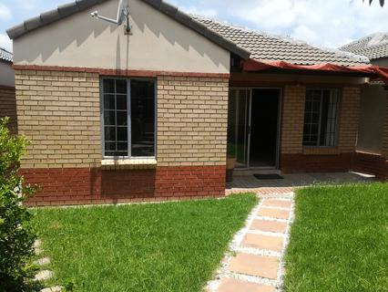 44 Murati Place, Halfway Gardens • AUCTION: 26th February @ 12H00