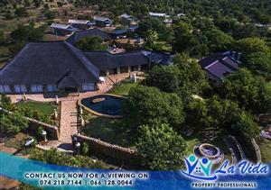Trendy & Upmarket Lodge in Dinokeng, Gauteng's only Big 5 Game Reserve.