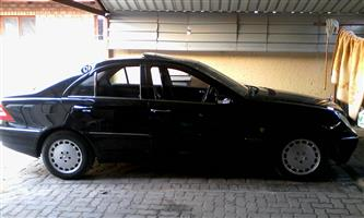2003 Mercedes Benz 200E