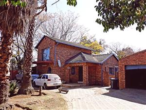 ANDEON WES-MOOT R850 000