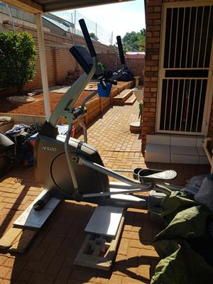 Impulse IE500 Commercial Elliptical Trainer in good condition