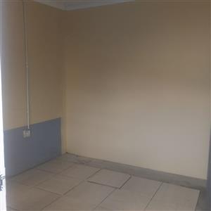 KRUGERSDORP ROOMS TO RENT R1000 - R2000