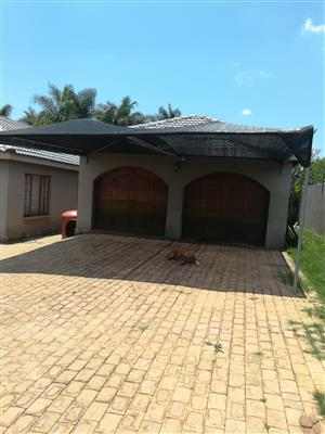 Lovely house for rent in Florauna, Pretoria North