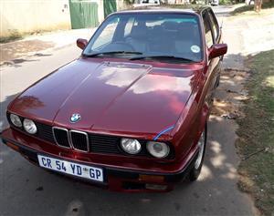 1991 BMW 3 Series 320i