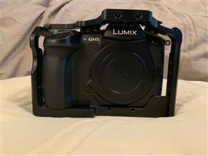 Fairly used Panasonic LUMIX DC-GH5