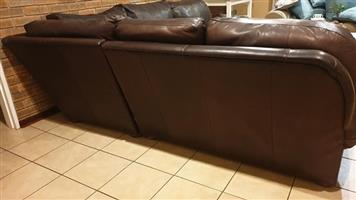 Leather corner lounge suite