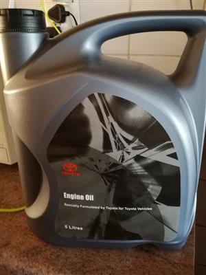 Toyota engine oil for sale