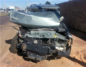 Land Rover Discovery 2 TD5 Stripping for parts | Auto Ezi