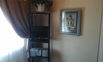 Cosy sunny furnished room to let in Bellville.