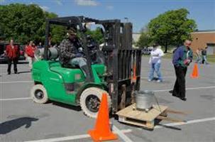 affordable fork lift,excavator,super link ,front end loader,dump truck,over head crane training 0744197772
