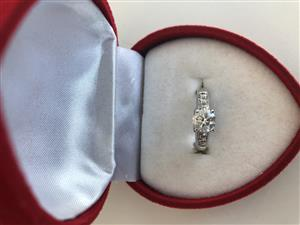 1CT Diamond ring for sale
