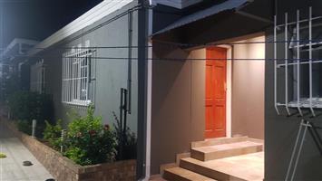 Big cottage in primrose for rent