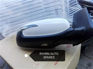 2016 Kia Cerato Koup Right side Mirror.