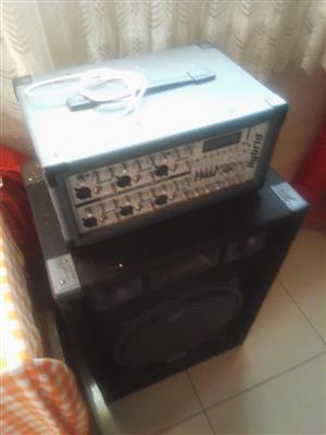 DJ Hybrid powered mixer and speakers for sale