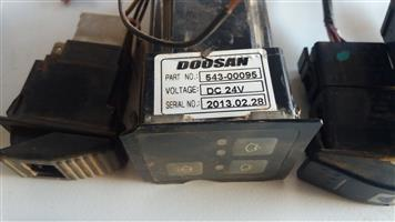 DOOSAN DX225LCA Excavator wiper display