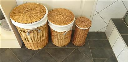 Clothes Hamper x3 matching - Wicker Baskets with Cotton Liners