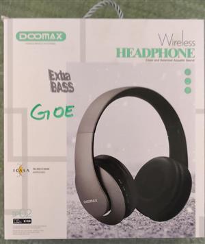 Grey Doomax wireless headphones