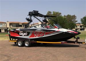 Tige RZ2 Wakeboarding boat for sale