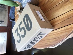 Yeezy Boost 350 V2 Zebra - Size UK11