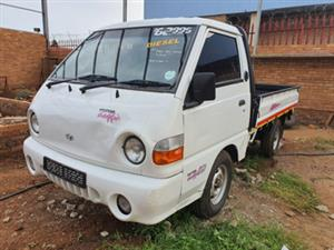 1998 Hyundai H-100 Bakkie 2.6D chassis cab