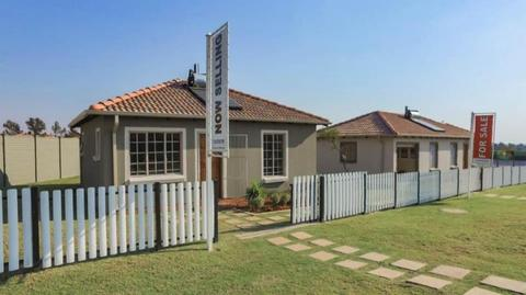 HOUSES FOR SALE IN GEM VALLEY X4...