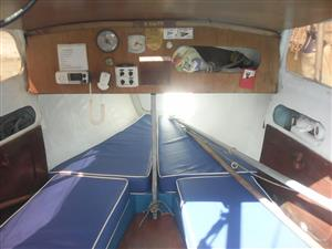 C # - C Sharp 19 Foot ( 6.72 M ) Keelboat with Trailer