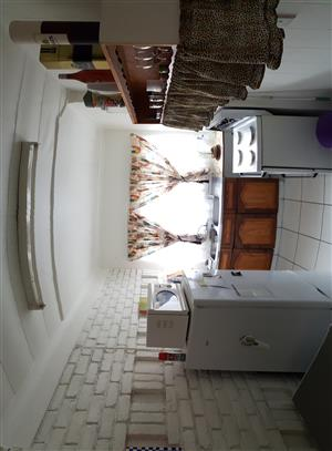Garden Townhouse 2-Let R4870 p/m. 2 x Bed room * 1 x Bath * 1 Carport * Available Immediately.