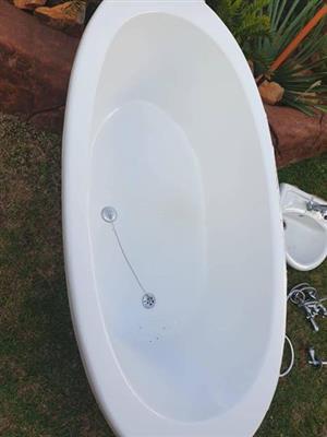 Bath with hand basin